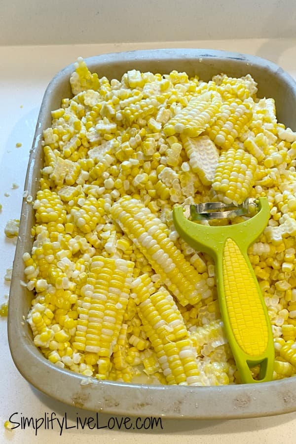 cutting corn off the cob (1)