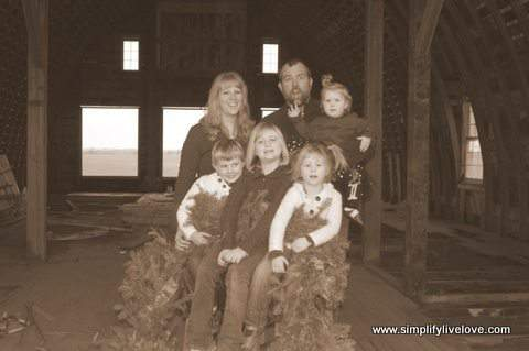 Tips for DIY Family Pictures on a Budget