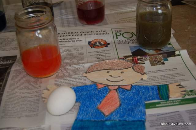 dying easter eggs with kool-aid
