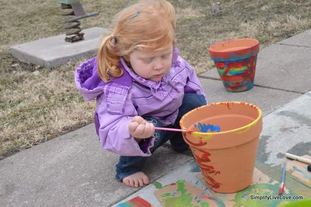 painting a flower pot