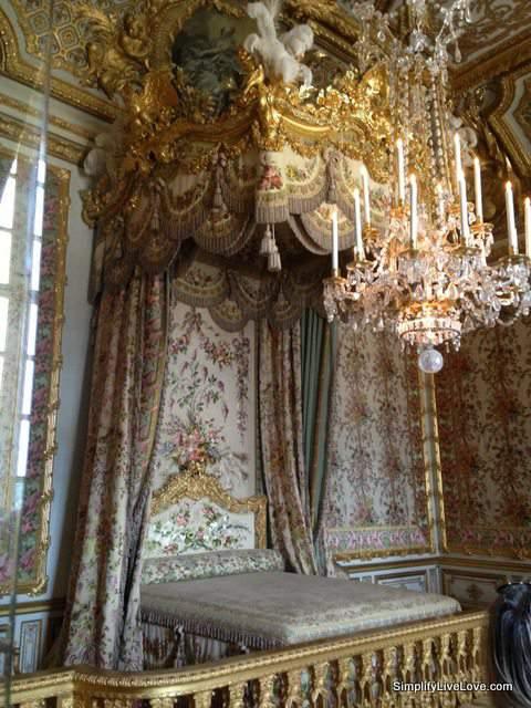 Marie Antoinette's bed