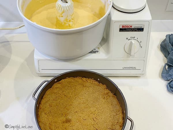 pour batter into baked crust (1)