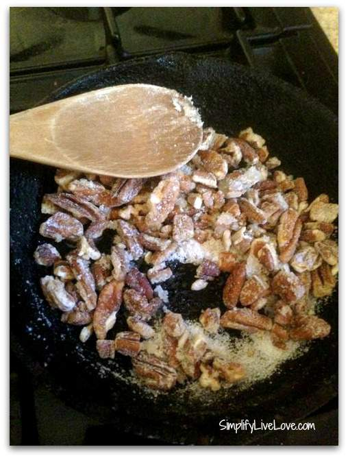 pecans caramelized with Swerve
