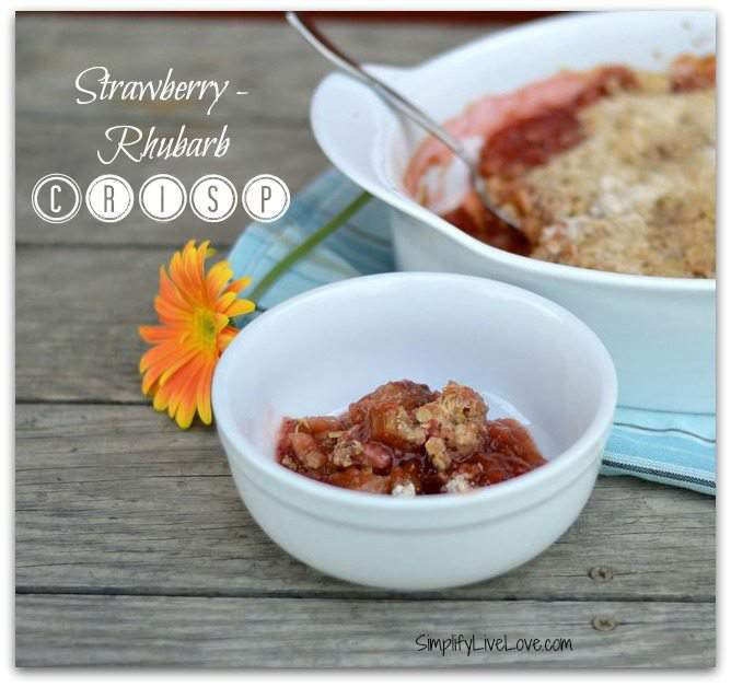 Strawberry rhubarb crisp - a seriously delicious way to pair two favorite spring fruits