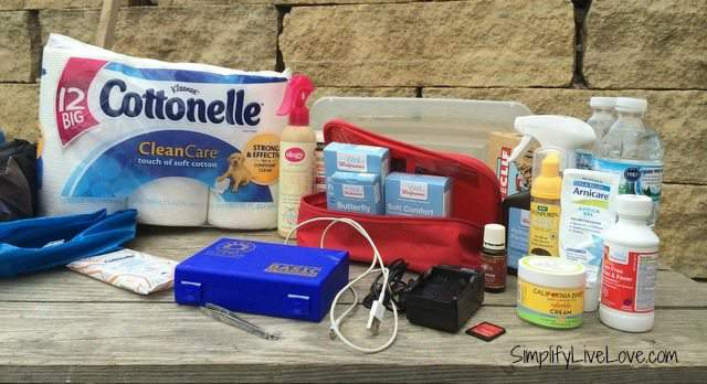 25 Things to keep in the car for summer travel and for an organized summer fun with kids #letstalkbums #sp