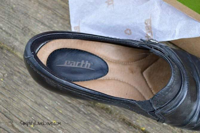 New Shoes for Me – Review of #EarthFootware The Maize #sp