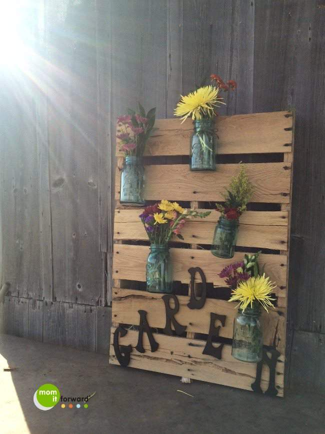 Garden Wall Art DIY #palletart