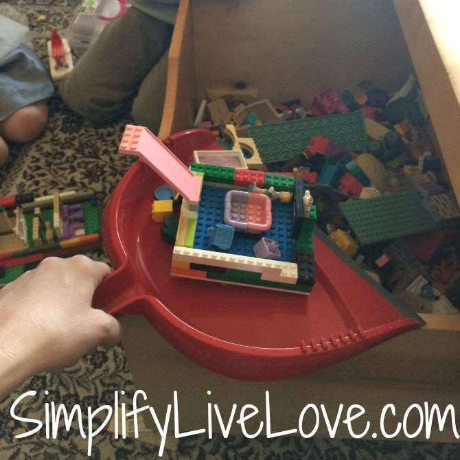 A Day in the Beautiful Mess of a Multi-Age Homeschool #SweepTheMess #CollectiveBias #ad