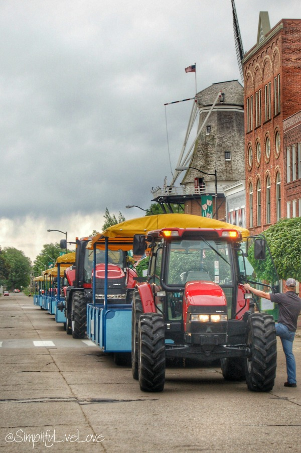 tractors at Pella Tulip Time