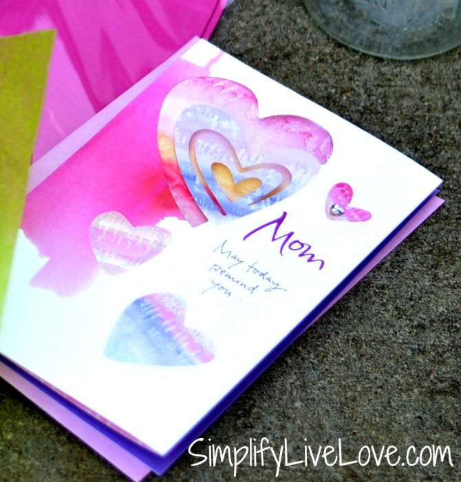 How to Make a Meaningful Mother's Day Gift for the Mom Who Has it All #BestMomsDayEver #CollectiveBias #ad AmericanGreetings