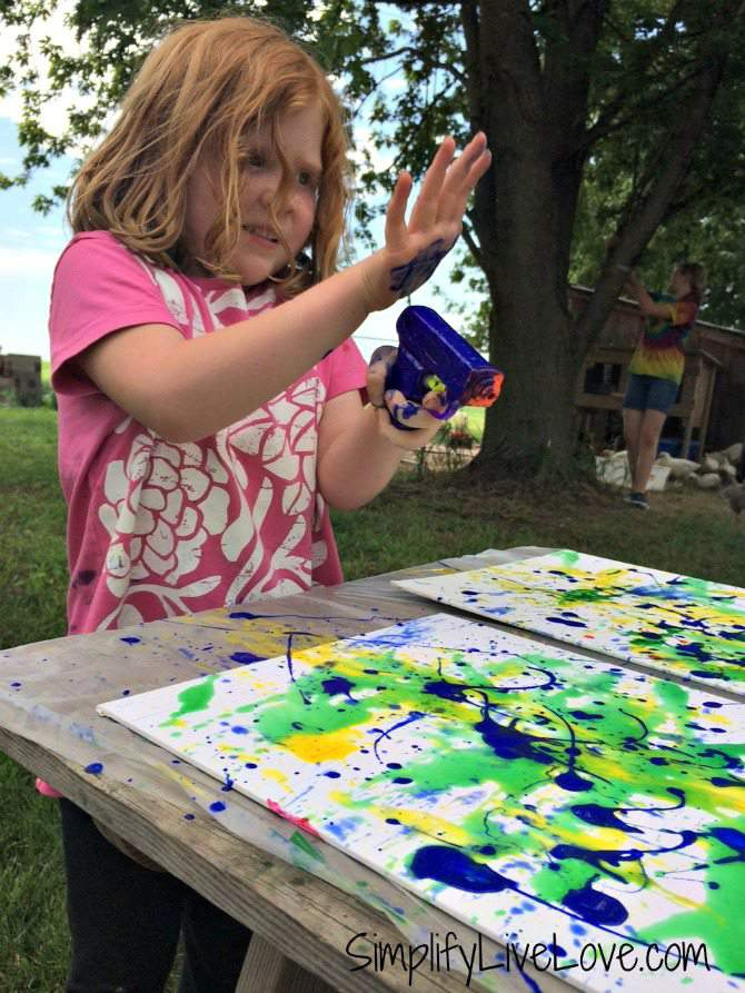 Squirt Gun Canvas Art - Fun Summer Activity for Kids #pmedia #pressnsealhacks #ad 4