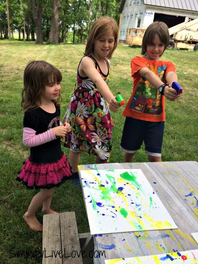 Squirt Gun Canvas Art - Fun Summer Activity for Kids #pmedia #pressnsealhacks #ad 7