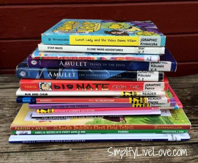 5 Fun Ways to Beat Summer Learning Loss - #ad #SmarterSummer #IC join summer reading programs at local libraries {from SimplifyLiveLove.com}