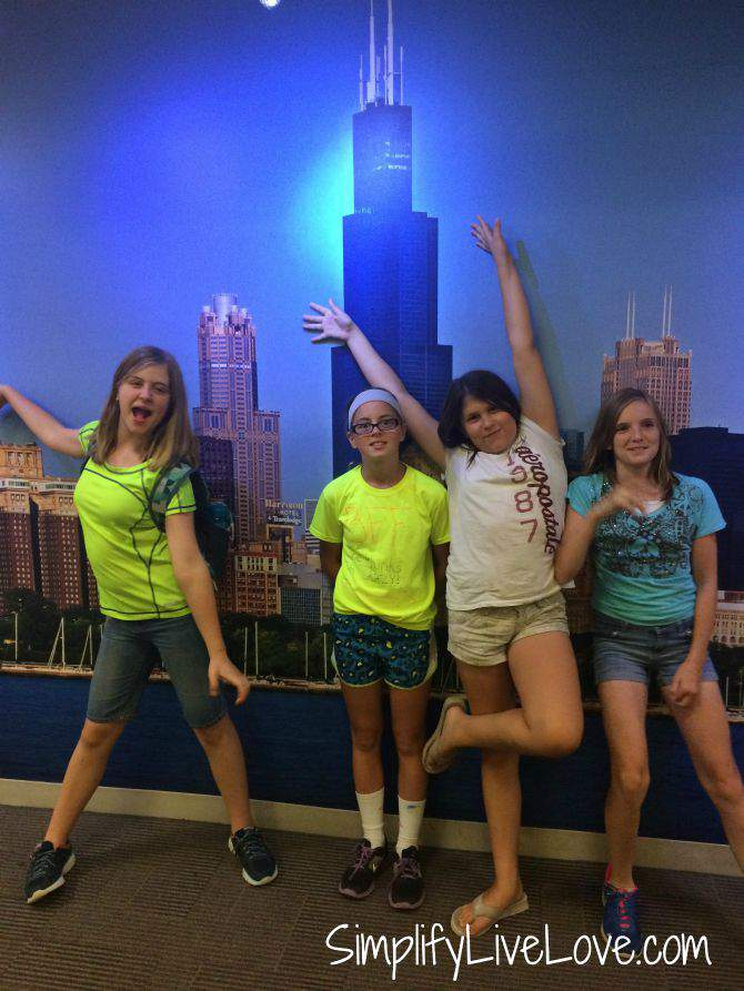 Awesome Day Trip to Chicago with Girl Scouts-junior girl scouts {from SimplifyLiveLove.com}
