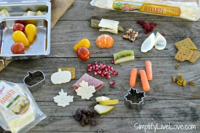 Bento Lunchbox ideas for mess-free snacking from SimplifyLiveLove.com