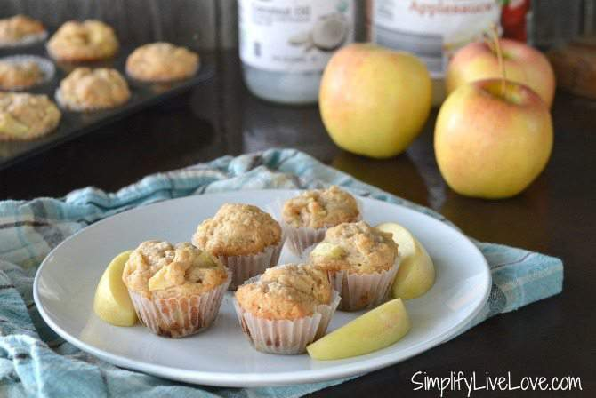 Cooking with Kids - Mini Applesauce Muffin Recipe, easy healthy recipe to make with kids