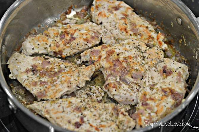 One of my Favorite Mediterranean Recipes - Yummy Greek Chicken - flip the chicken and saute on the other side from SimplifyLiveLove.com #MezzettaMemories #ad