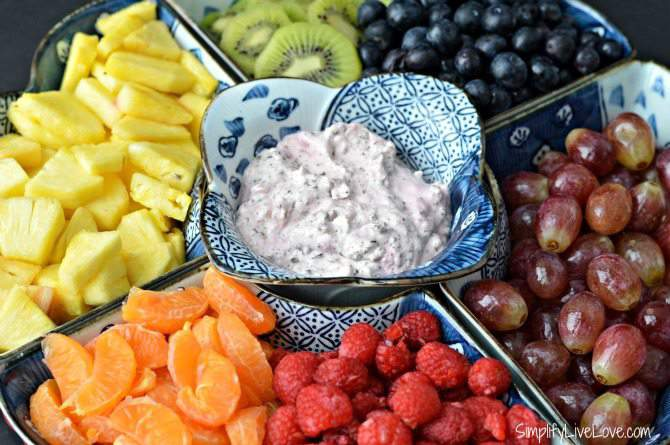 Rainbow Fresh Fruit Tray & Healthy Fruit Dip Recipe from SimplifyLiveLove.com