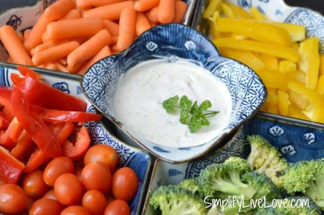 Healthy Veggie Dip made with Fresh Dill & Sour Cream. A quick and easy dip that comes together in just five minutes! Encourage your kids to eat the rainbow by serving this dip.