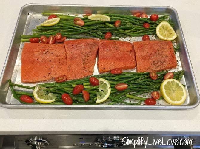 salmon asparagus sheet pan dinner