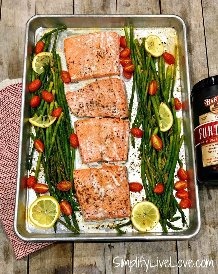 salmon asparagus sheet pan dinner