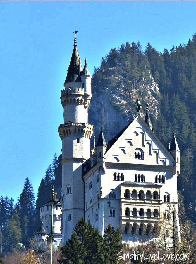 A picture of the back of Neuschwanstein Castle.