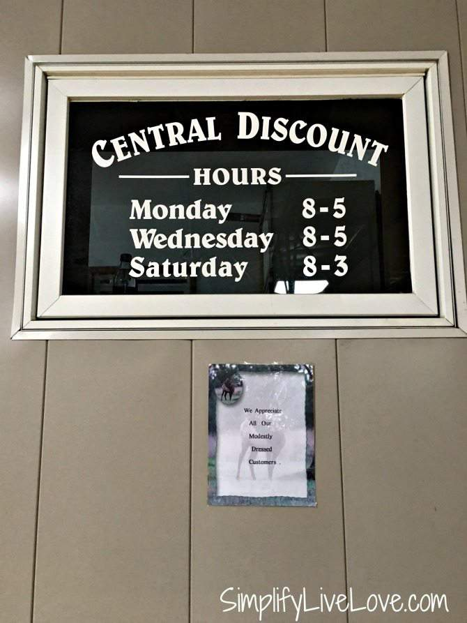 Hours for Central Discount Grocery