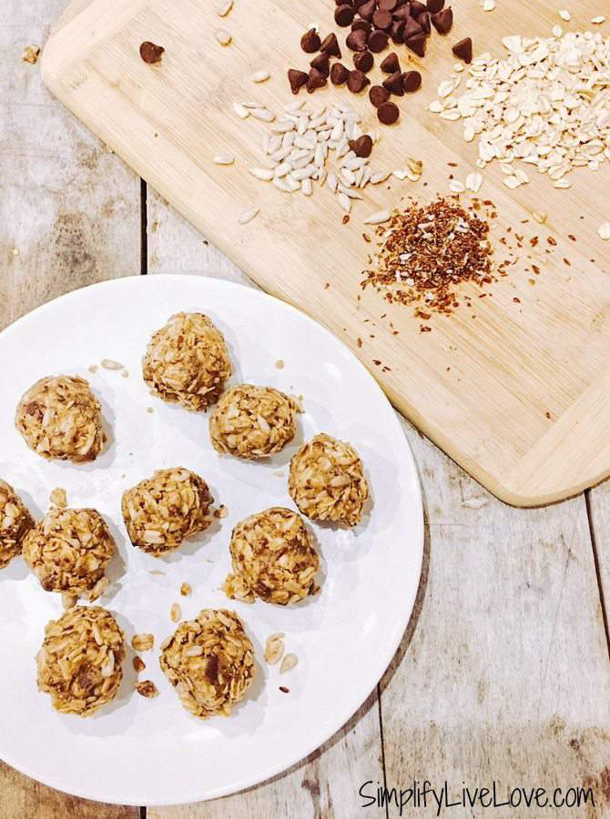 No-Bake Honey Sunflower Butter Energy Balls
