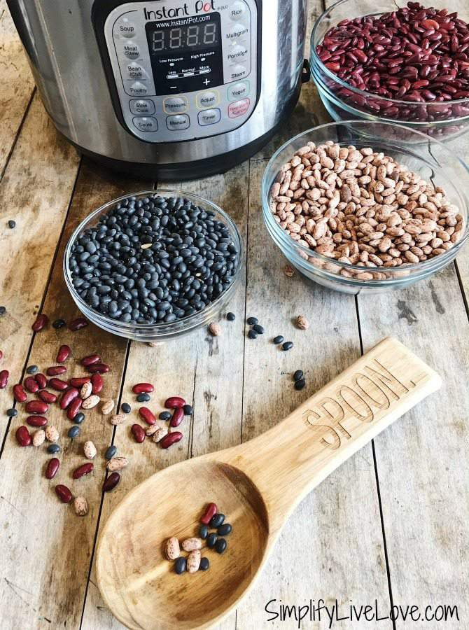 How to Cook Dried Beans in the Instant Pot {Soaked or Unsoaked!}
