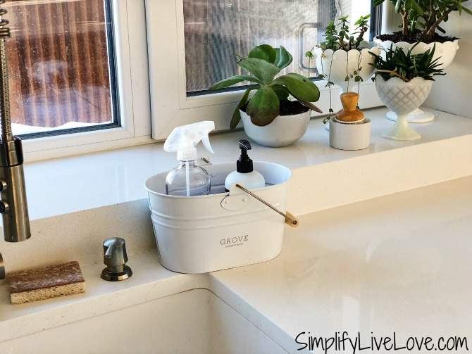 toxin free cleaning caddy from Grove