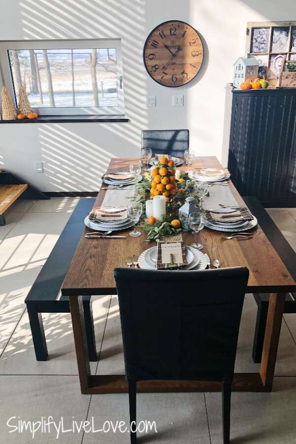 Simple Last Minute Thanksgiving Tablescape
