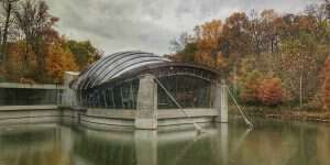 crystal bridges in bentonville ar