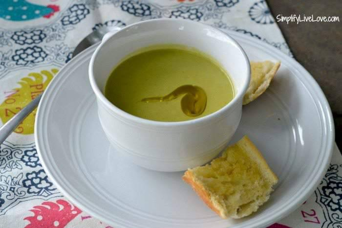 How to Make Vichyssoise Soup with Lifeway Kefir #KefirCreations #shop