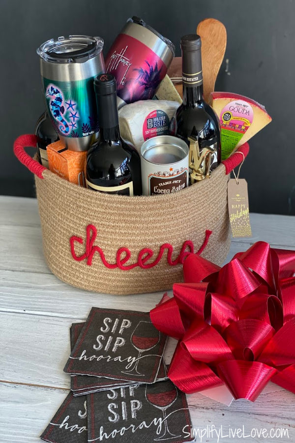 wine and cheese gift basket (1)
