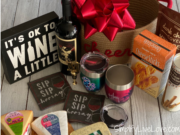 wine and cheese gift basket (2)
