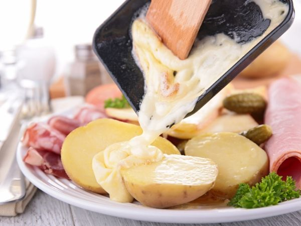 potatoes with melted cheese dinner