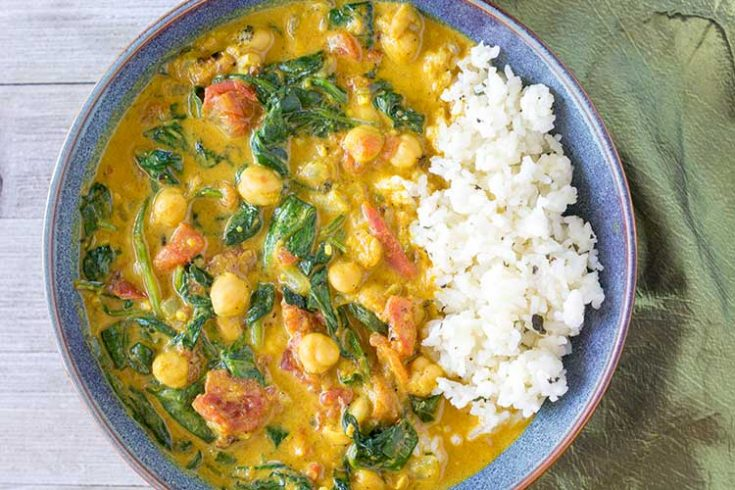 Instant Pot Chickpea Curry with Spinach and Tomatoes