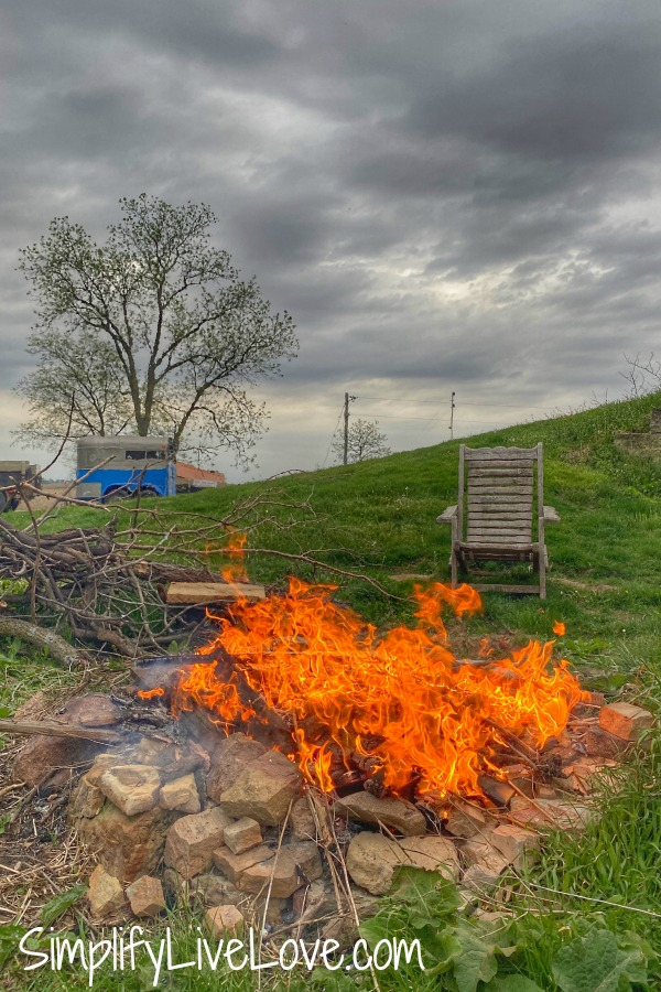 fire ring at oak tree homes