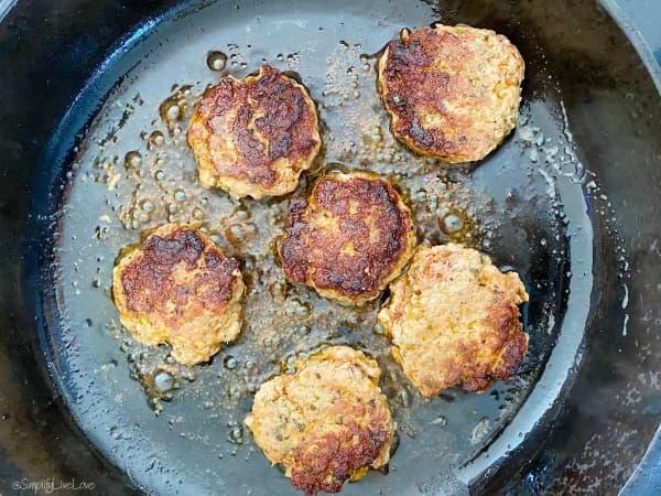 frying sausage patties