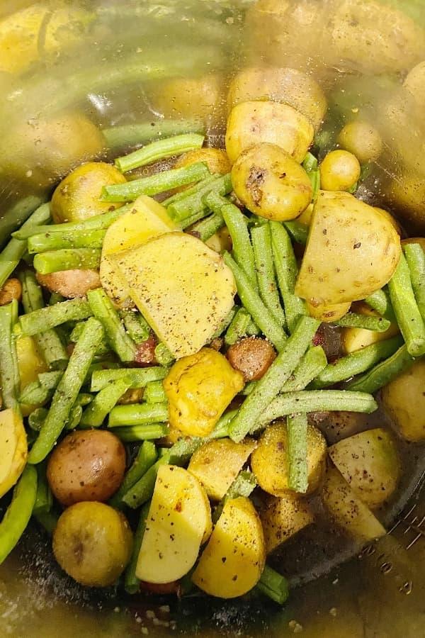 fresh green beans & potatoes beans 600 x 900 (1) (1)