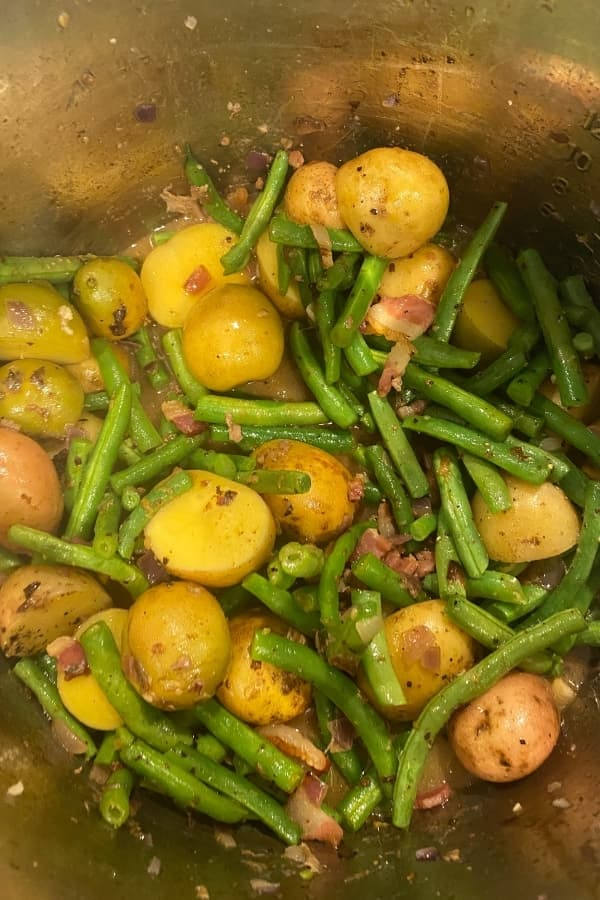 fresh green & potatoes beans 600 x 900 (1)